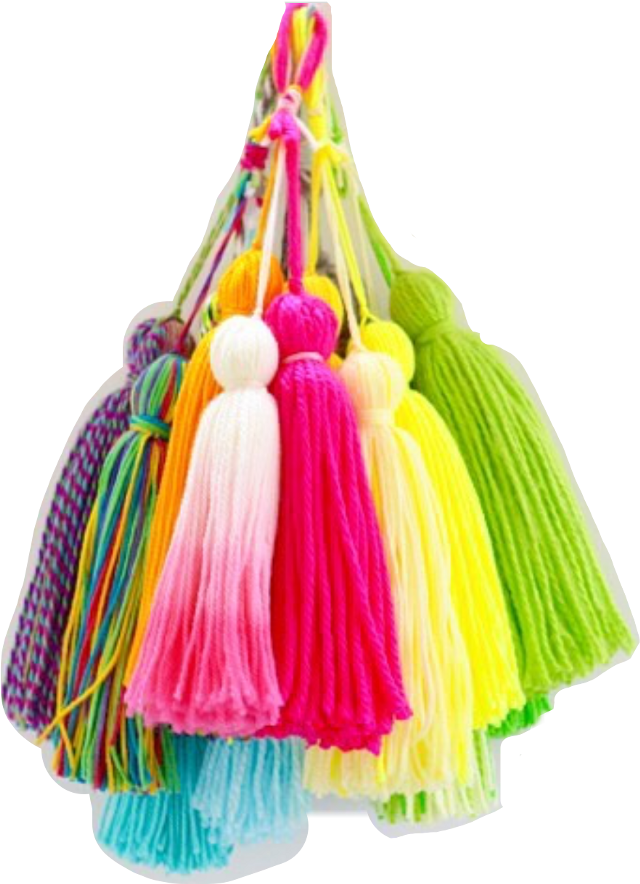 #tassel #tassels #yarn #yarnlove #yarnart #pompomballs #craftymomma #crafting#FreeToEdit